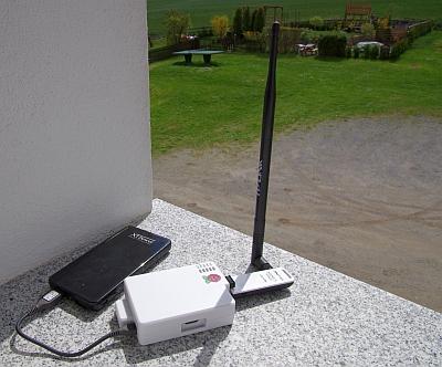 Tragbarer WLAN-Repeater auf Basis eines Raspberry Pi in Aktion